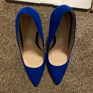 Bright royal blue 3in+ size 8 heels